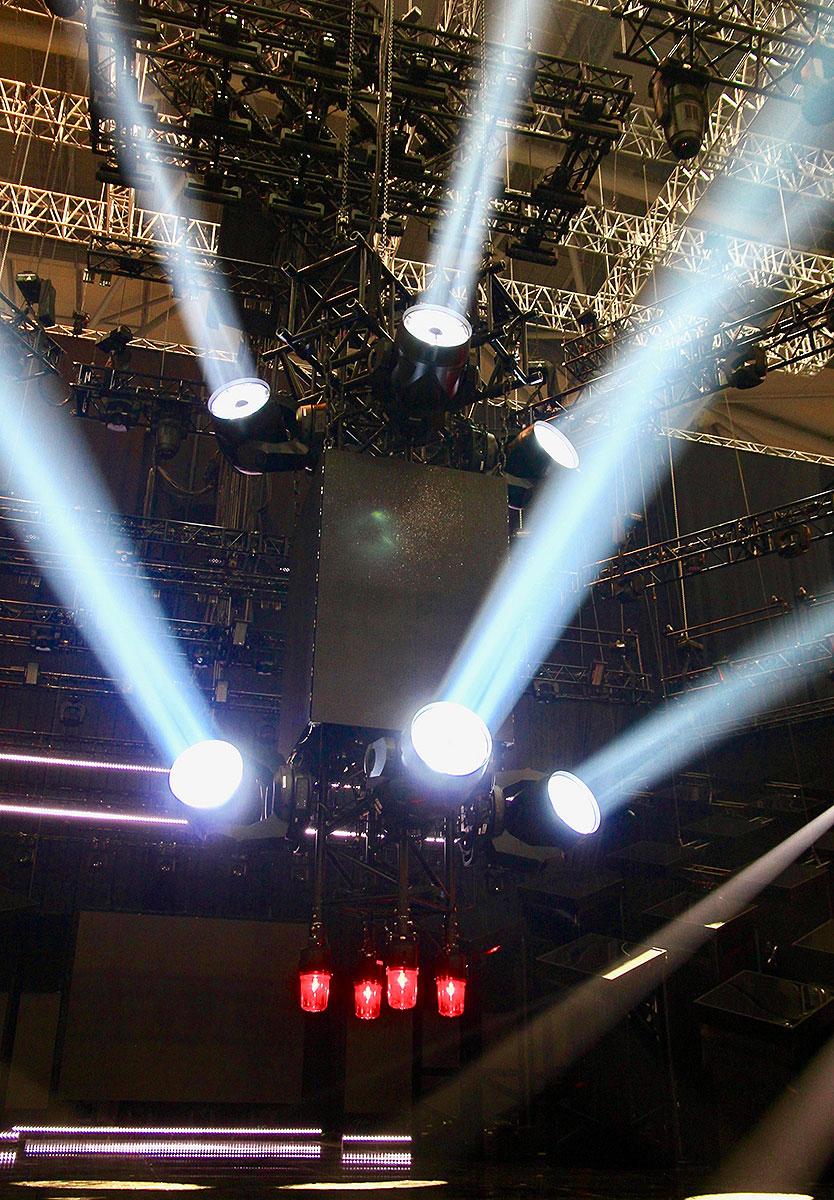 Philips-VL6000-Beams-into-Sweden's-Melodifestivalen-2